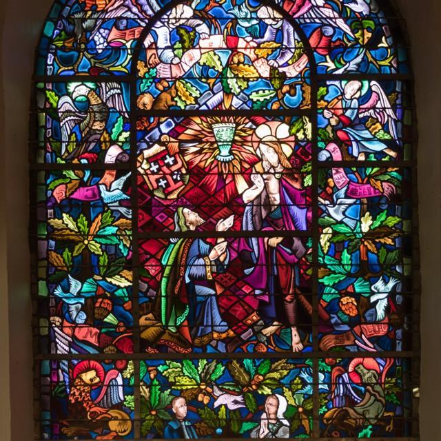Vitrail, église du Graal, légendes arthuriennes, Tréhorenteuc, Brocéliande, Morbihan, bretagne