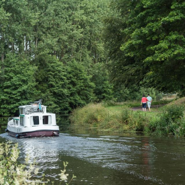 Navigation sur le Canal de Nantes à Brest