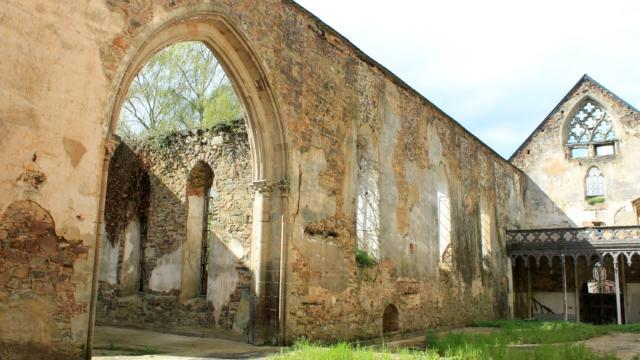 Abbaye Saint Jacques Montfort