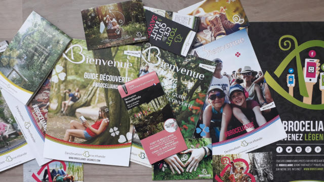 Brochures et carte destination Brocéliande