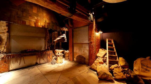 Salle de la forge, la Porte des Secrets, Brocéliande.