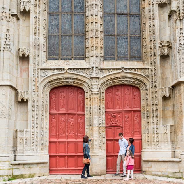 Ploermel, L'église Saint-Armel