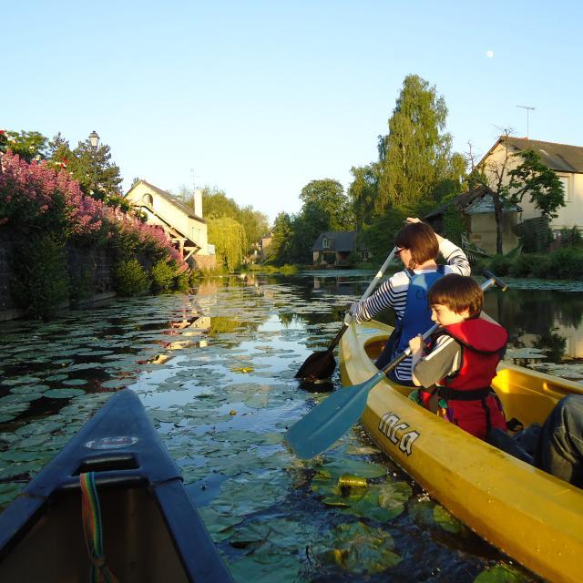visite-guidee-canoe-montfort-sur-meu.jpg