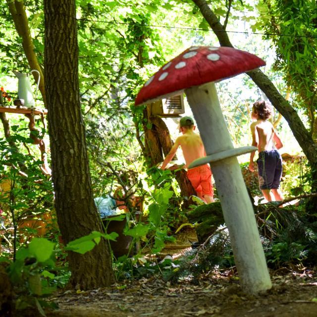 Sentier des korrigans Jardins de Broceliande