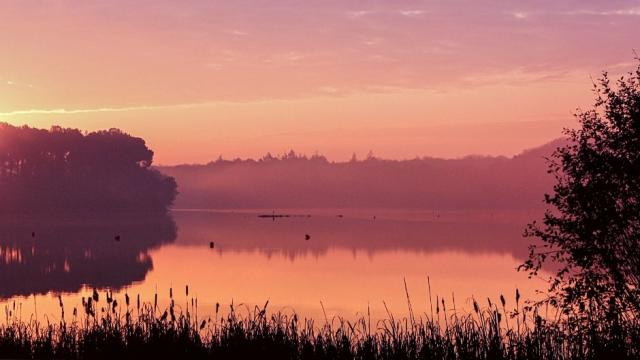 Lever De Soleil Au Lac De Trémelin Destination Brocéliande